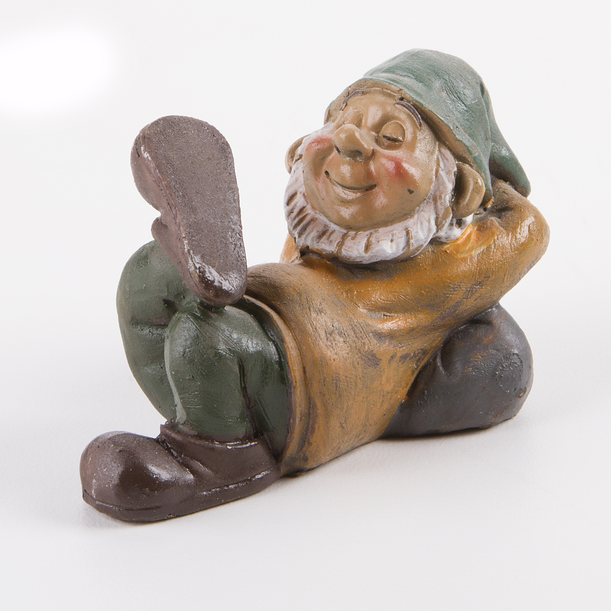 Darice Yard and Garden Minis Sleeping Gnome Boy Resin 2.75 Inches